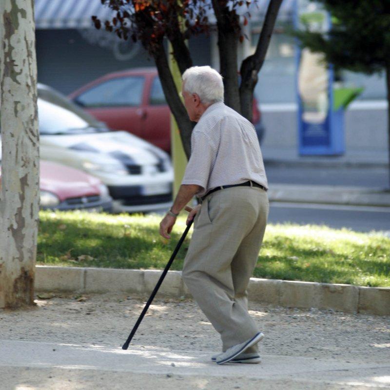 Los ancianos son tan vulnerables como los niños a las radiaciones ultravioletas, según la SEMEG