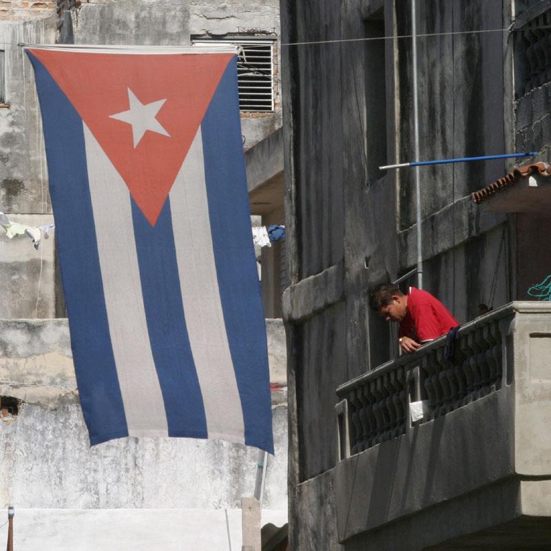 Los socialistas piden a la UE que normalice la relación con Cuba