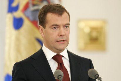 Medvedev indulta a cuatro hombres en el intercambio de espías