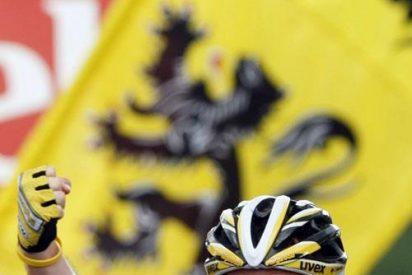 Cavendish (Columbia) repite triunfo en la sexta etapa y Cancellara (Saxo Bank) sigue de amarillo