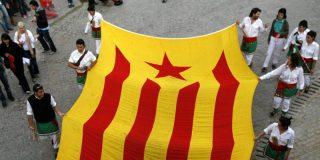 Políticos y ciudadanos catalanes salen hoy a la calle indignados por el recorte del TC