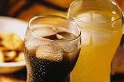 Sanidad y CC.AA. estudiarán eliminar la bollería y los refrescos de los colegios
