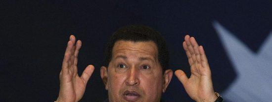 """Chávez rompe """"por dignidad"""" las relaciones con Colombia"""