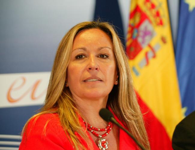 """Jiménez garantiza que pese a los """"ajustes"""" ni el desarrollo ni la implantación de la Ley se verán afectados"""