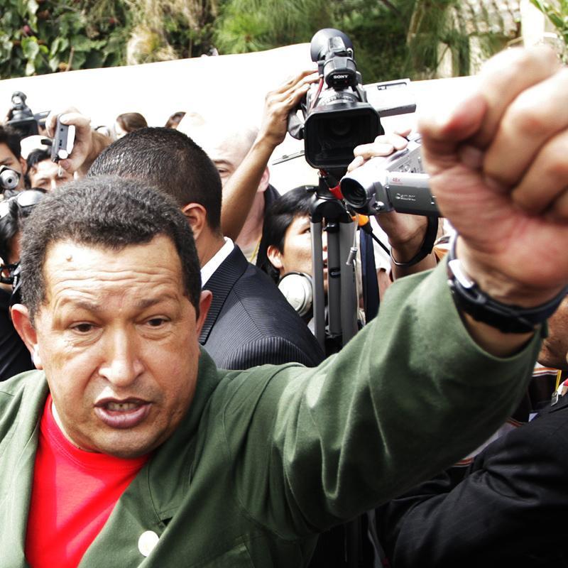 Chávez despliega militares en la frontera con Colombia