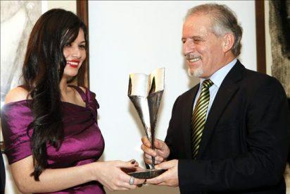 Entregan el Premio Augusto Roa Bastos de Novela 2010 a la paraguaya Bustos