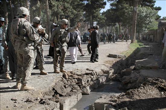 Capturan a un cabecilla talibán y matan a un grupo de insurgentes en el sur de Afganistán