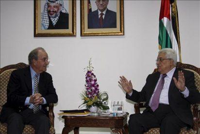 Mitchell y Abás abordan la negociación con Israel sobre las fronteras y la seguridad