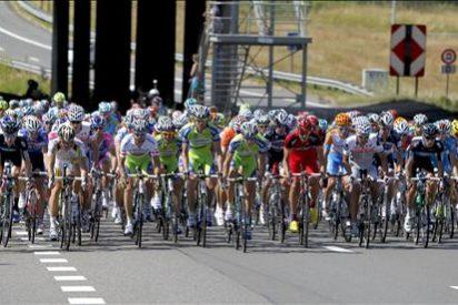 Contador se lleva un golpe en la montonera sin consecuencias