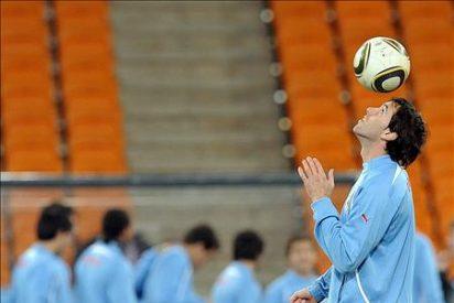 Uruguay quiere recuperar la historia ante el potente fútbol holandés