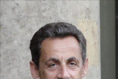 Sarkozy niega la acusación de recibir dinero de la millonaria Bettencourt
