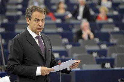 Las críticas de los diputados españoles ensombrecen en el Parlamento Europeo el balance de Zapatero