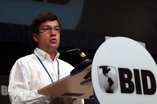 El BID reelige a Luis Alberto Moreno como su presidente
