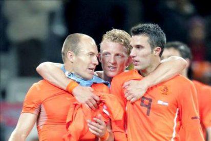 Holanda aguarda en su tercera final a España o Alemania
