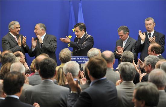 Sarkozy mantiene silencio mientras el escándalo que lo salpica llega a manos de la justicia