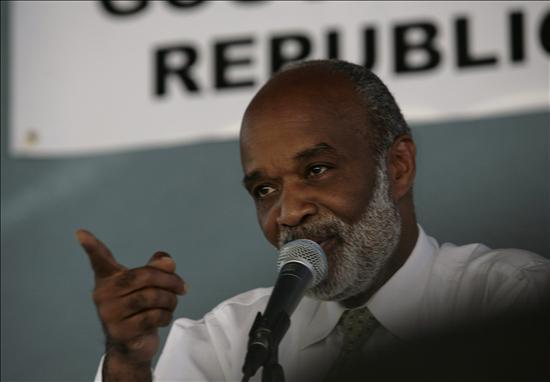 El Gobierno haitiano anuncia la cancelación de la visita de René Préval a Venezuela