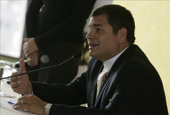 Más del 60 por ciento de los ecuatorianos acepta la gestión del presidente Correa