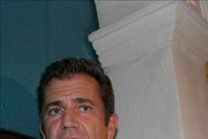 Mel Gibson retiene sus derechos de visitar a su hija con Oksana Grigorieva