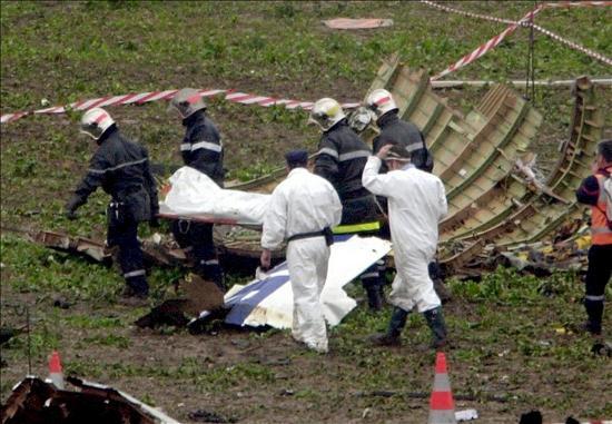 Discreto homenaje para conmemorar los diez años del accidente del Concorde