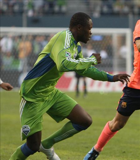 Zakuani fue el goleador de la jornada; Crew y Galaxy consolidan su liderato