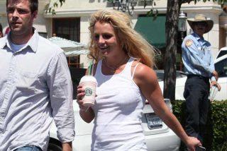 Britney Spears recupera el sujetador y la celulitis