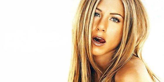 Jennifer Aniston acosa a Brad Pitt