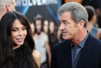 Mel Gibson y Oskana Grigorieva. Continúa el 'culebrón' de insultos y agresiones