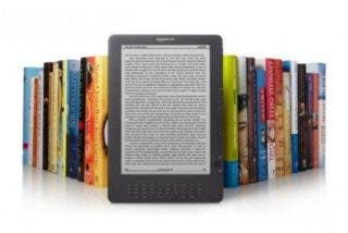 Amazon vende más libros electrónicos en el Kindle que en papel