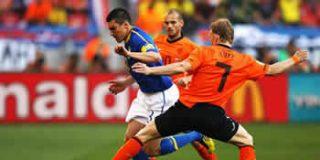 La Federación Holandesa no tenía mucha confianza en su selección: sólo reservó hotel en Sudáfrica hasta el 5 de julio