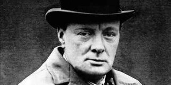 Sale a subasta parte de una dentadura postiza de Winston Churchill