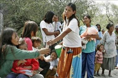 Indígenas colombianos marchan en contra de la celebración del Bicentenario