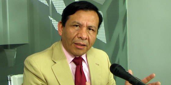 """Miembro de la Comisión Fiscalizadora de la Federación de Asociaciones de Peruanos en España """"tira de la manta"""""""