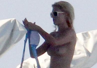 Paris Hilton empieza fuerte el verano