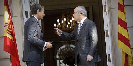 Una farsa en La Moncloa que alentará en Cataluña el aquelarre nacionalista