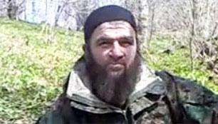 El líder de los rebeldes chechenos anuncia su retirada