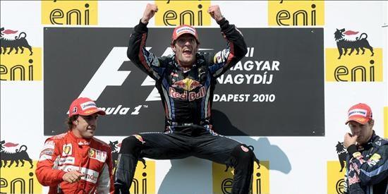 Victoria de Mark Webber por delante de Alonso y Vettel