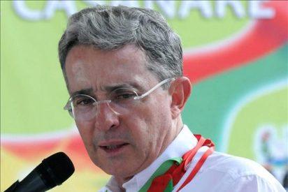 """Uribe dice que falta superar impunidad de la """"Farcpolítica"""" y """"Elenopolítica"""""""