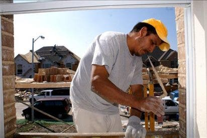 Los españoles no sustituyen a los inmigrantes en trabajos de categorías bajas