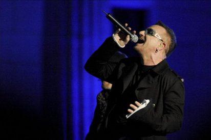 """U2"" ya está en Turín, con Bono recuperado, para reiniciar su gira europea"