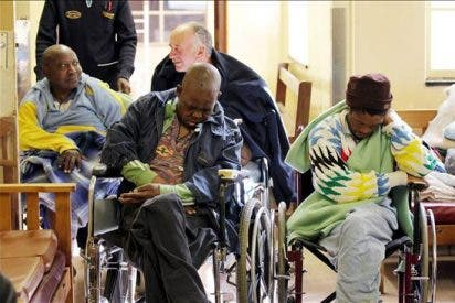 Mueren 18 personas en incendio de una residencia de la tercera edad en Sudáfrica