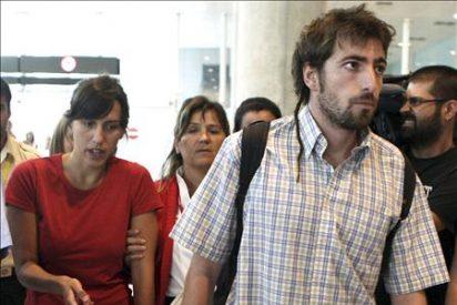 Llegan a Barcelona los dos jóvenes supervivientes del accidente en México