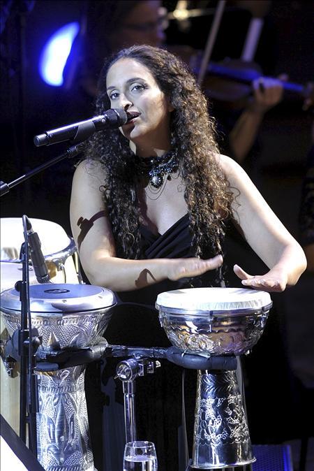 La cantante israelí Noa repasa por primera vez sus éxitos en Uruguay