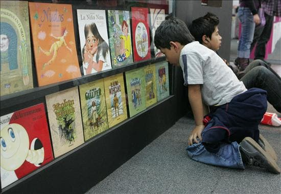La Feria del Libro de Bogotá homenajeará al Bicentenario y al libro digital