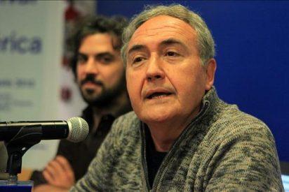 Soy un escritor que ha sido tentado por el cine, confiesa el español Vicente Molina Foix