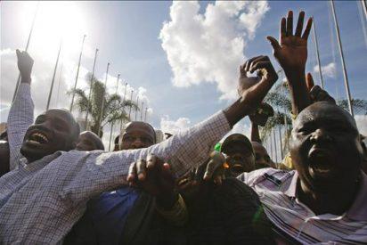 Los kenianos aprueban su nueva Constitución