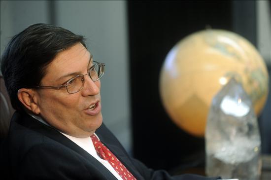 """El canciller de Cuba afirma en Brasil que """"Venezuela tiene derecho a defenderse"""""""