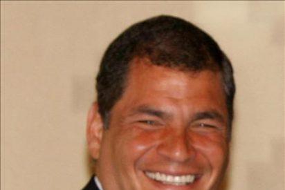 El canciller de Ecuador confirma la cita bilateral Correa-Santos en Bogotá