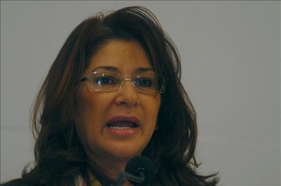 """Acusan a Uribe de atacar a Venezuela para tapar el """"genocidio de La Macarena"""""""