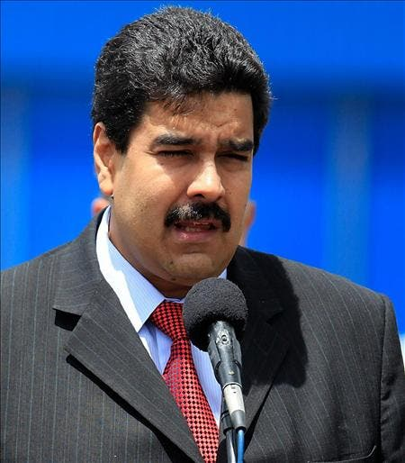 """Holguín espera """"algo bueno"""" de asistencia de Maduro a investidura de Santos"""