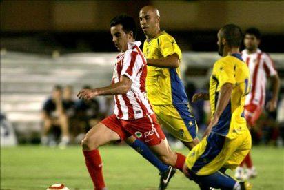 El Atlético pasa a la final del Carranza desde el punto de penalti
